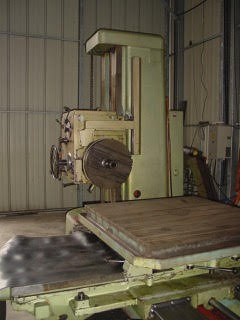 USED TOS HORIZONTAL TABLE TYPE BORER