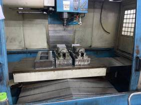 USED KASUGA Q1000 VERTICAL MACHINING CENTER 2